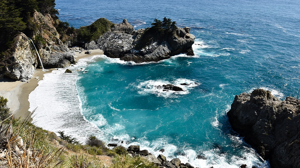 6 Fun Things to Do at Julia Pfeiffer Burns State Park on Vacation