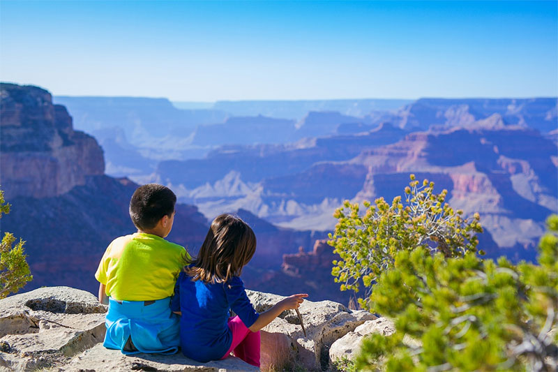 kids in grand canyon