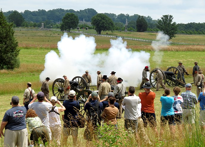 LIVING HISTORY AT THE GETTYSBURG