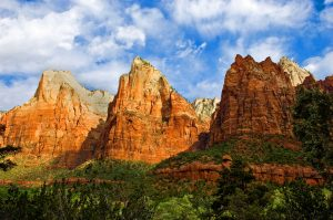 Zion National park, wich offers national park travel packages